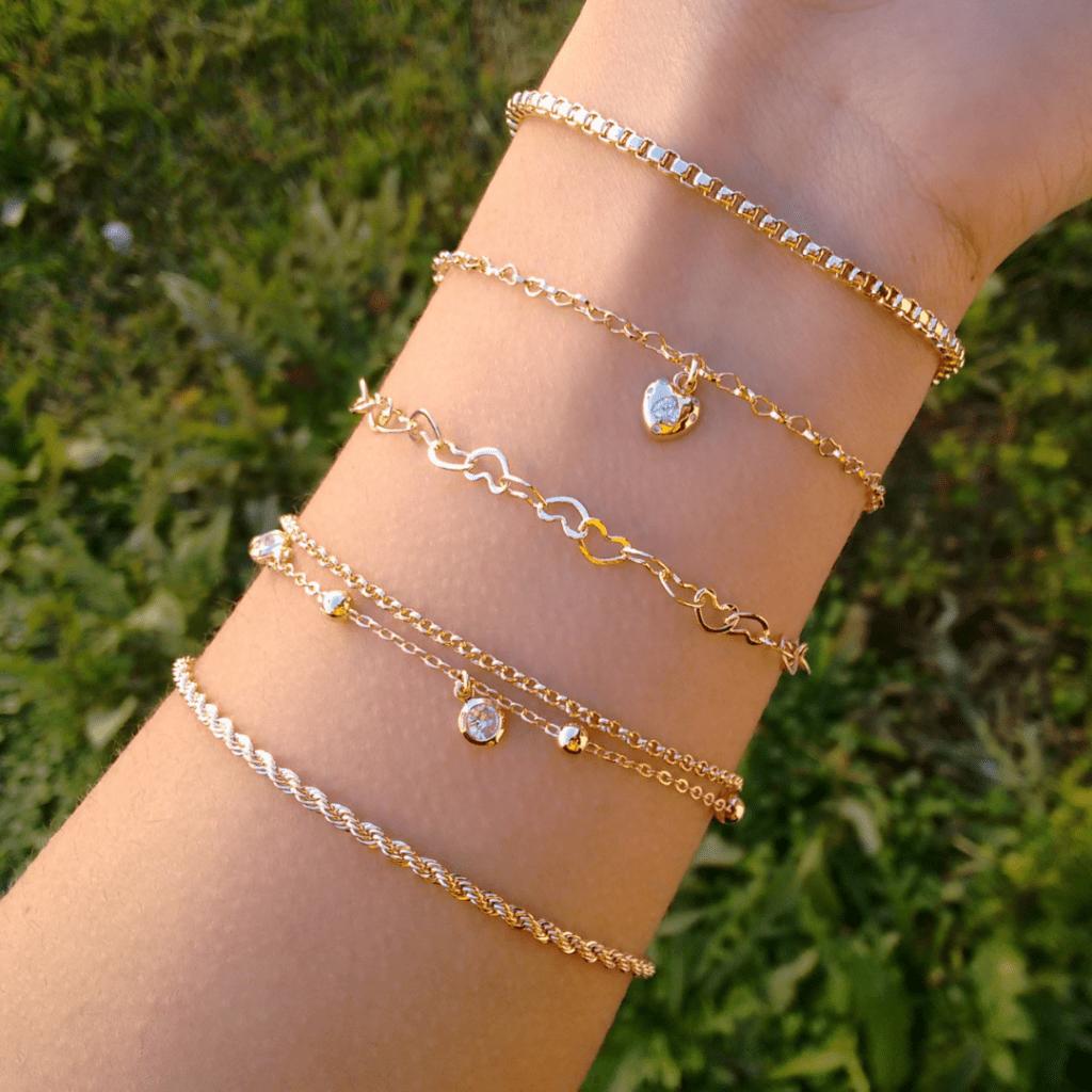 4 1024x1024 - 5 joias básicas que toda mulher deve ter!